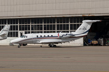 JY-RYN - Private Cessna 650 Citation VII