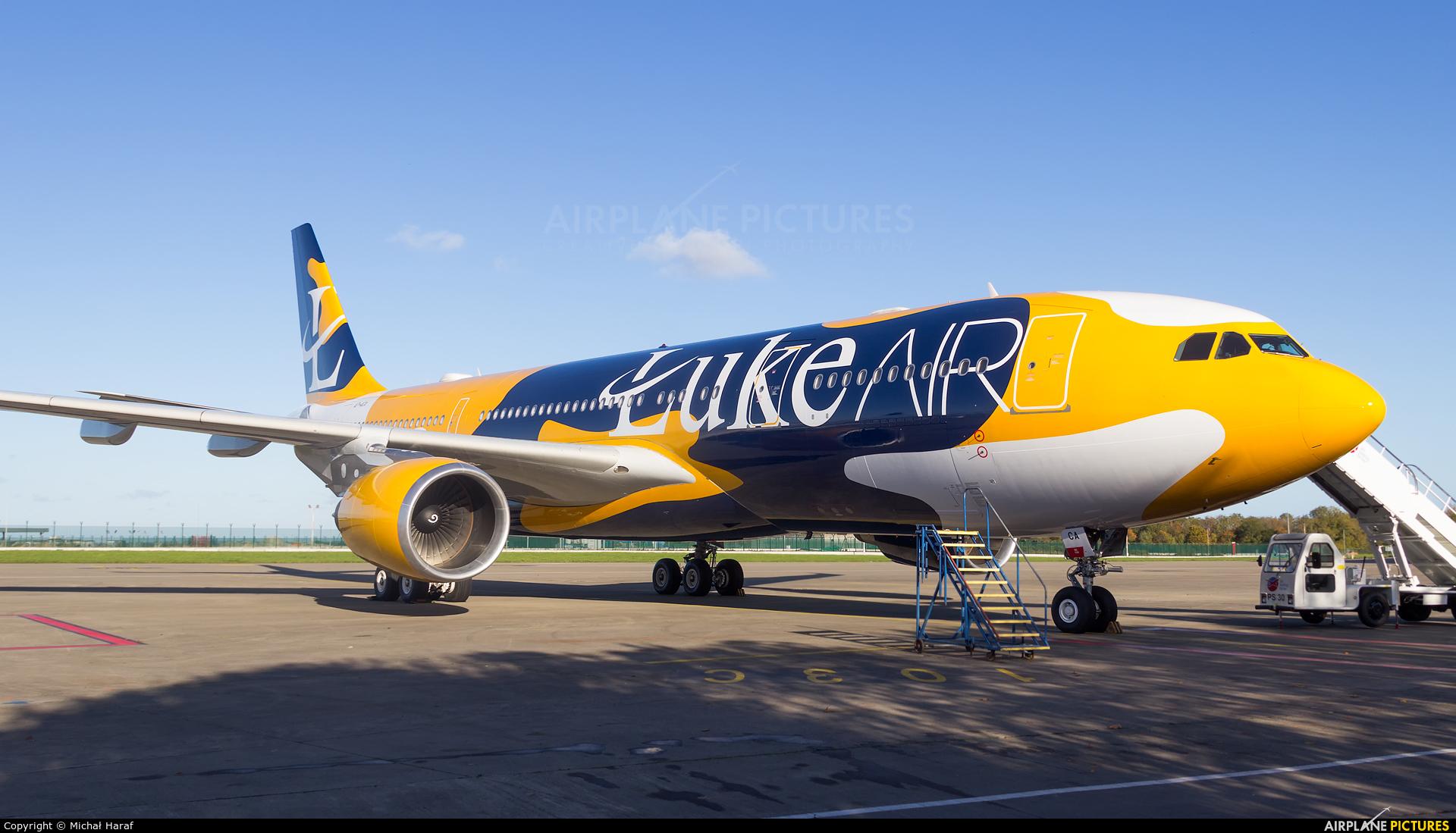 Luke Air A7-ACA aircraft at Dublin