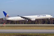 N2341U - United Airlines Boeing 777-300ER aircraft