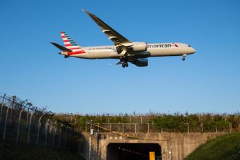 N827AN - American Airlines Boeing 787-9 Dreamliner