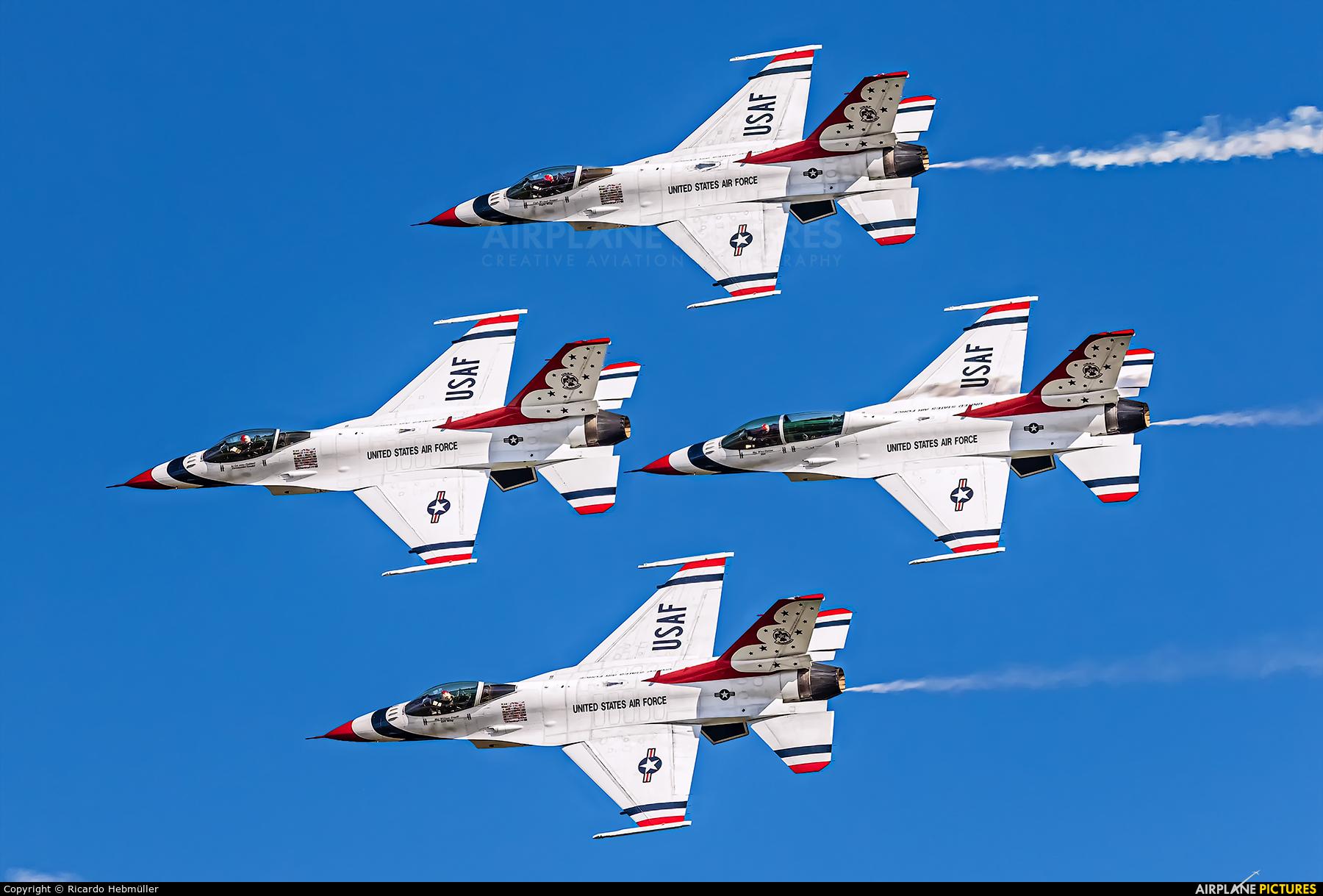 USA - Air Force : Thunderbirds 87-0319 aircraft at Houston - Ellington Field