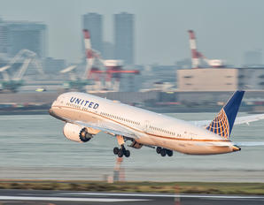 N24973 - United Airlines Boeing 787-9 Dreamliner
