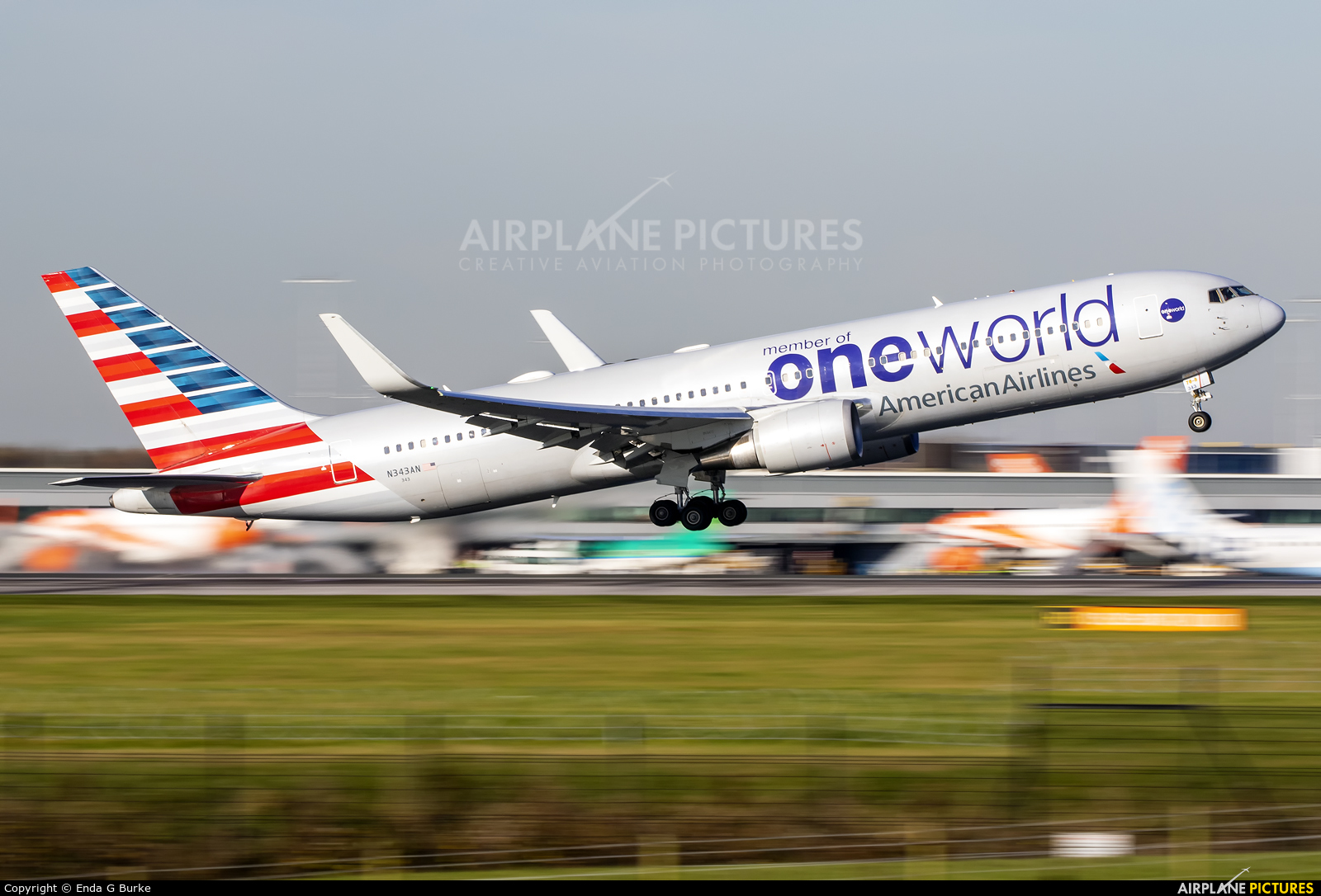 American Airlines N343AN aircraft at Manchester