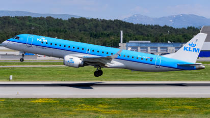 PH-EXB - KLM Cityhopper Embraer ERJ-190 (190-100)