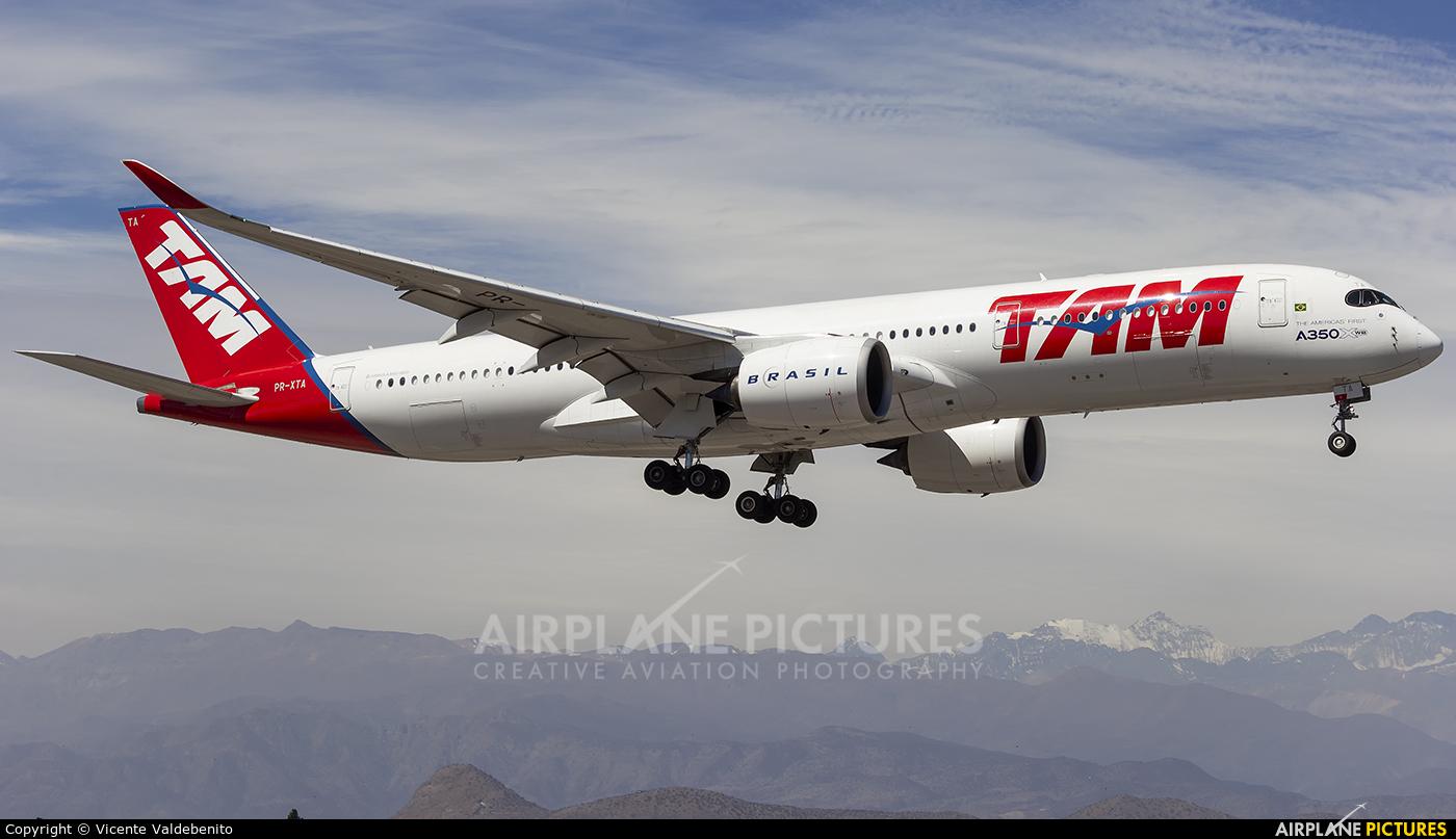TAM PR-XTA aircraft at Santiago de Chile - Arturo Merino Benítez Intl