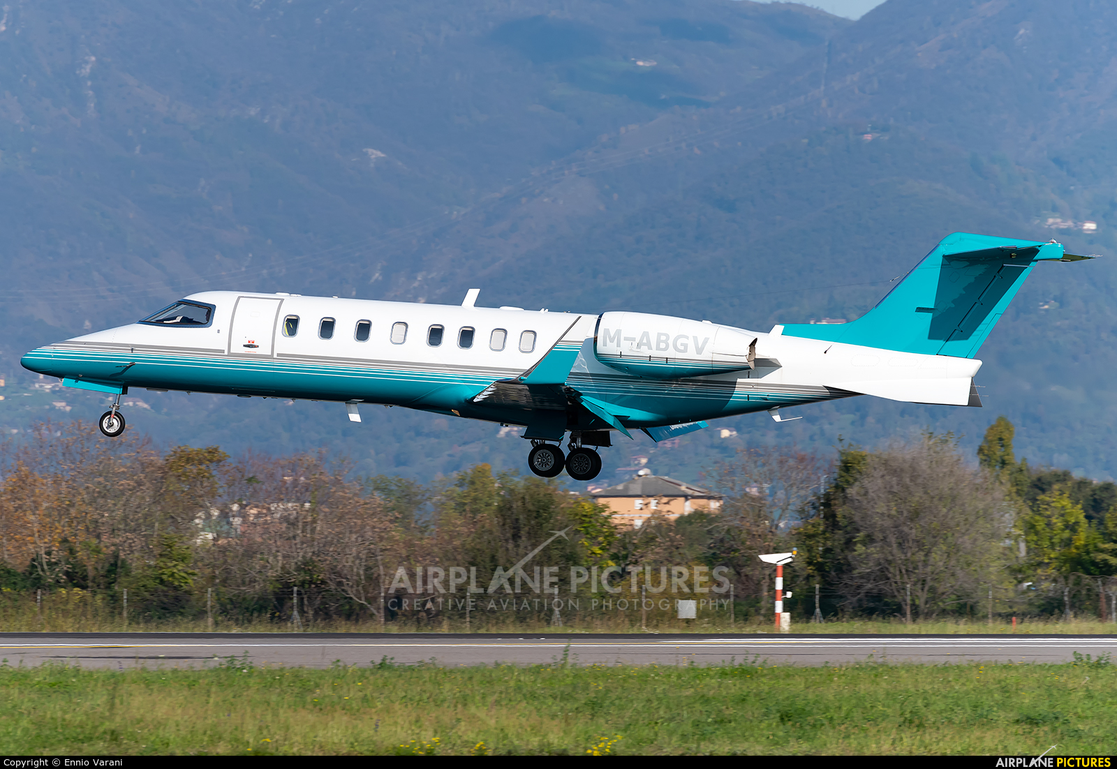 Ryanair M-ABGV aircraft at Bergamo - Orio al Serio