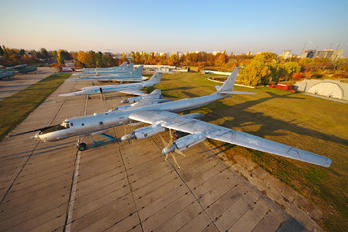 85 - USSR - Navy Tupolev Tu-142MZ