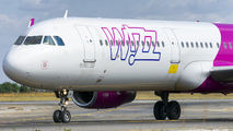 HA-LXB - Wizz Air Airbus A321 aircraft