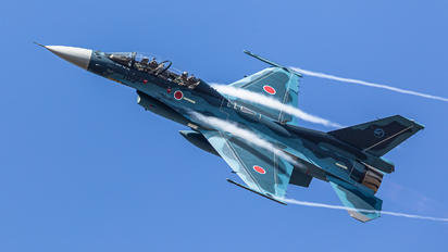 03-8105 - Japan - Air Self Defence Force Mitsubishi F-2 A/B