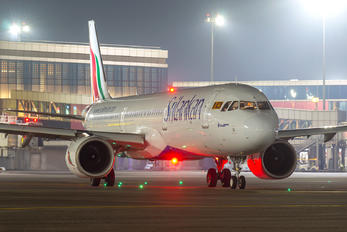 4R-ANE - SriLankan Airlines Airbus A321 NEO