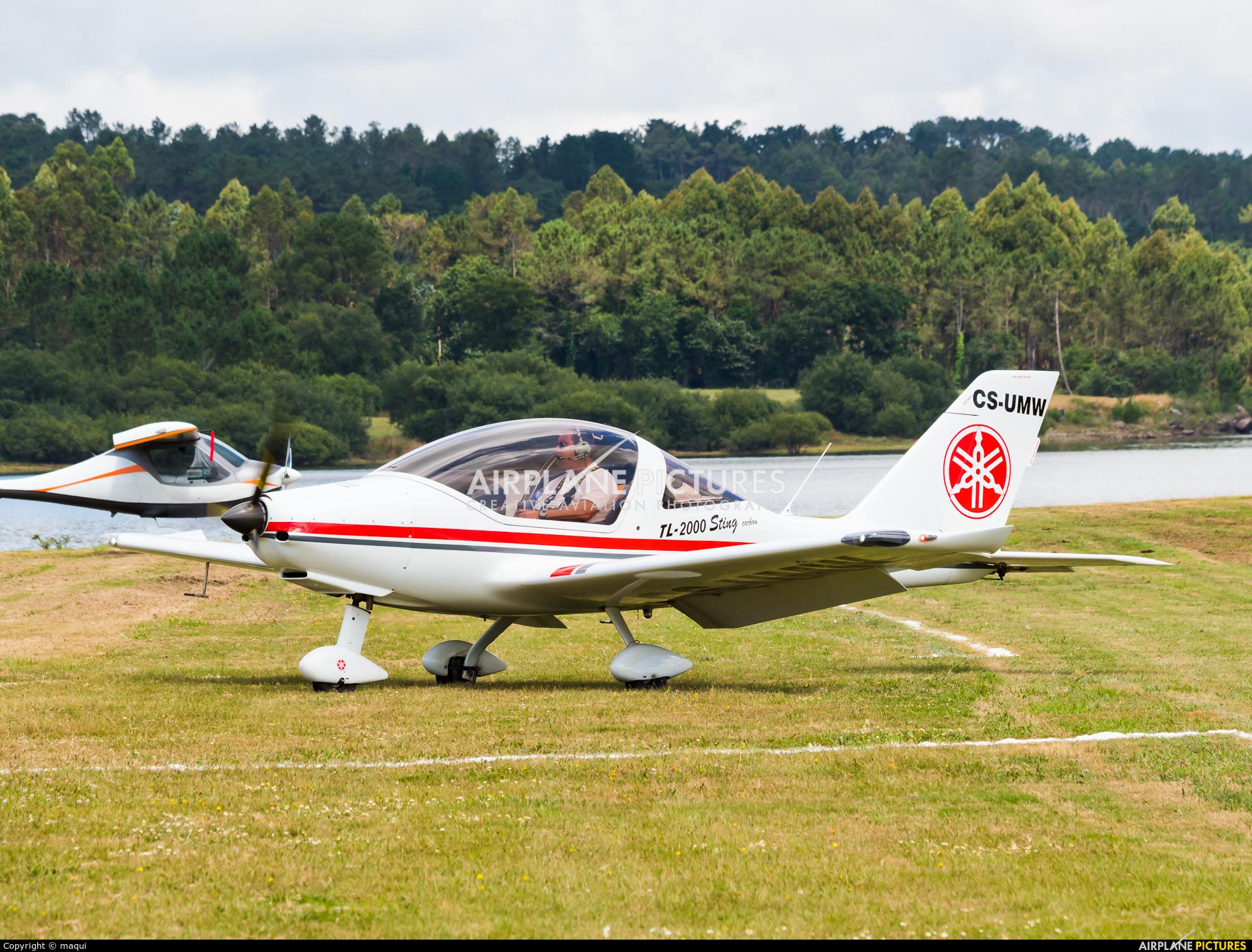 Private CS-UMW aircraft at Aerodromo De Mazaricos