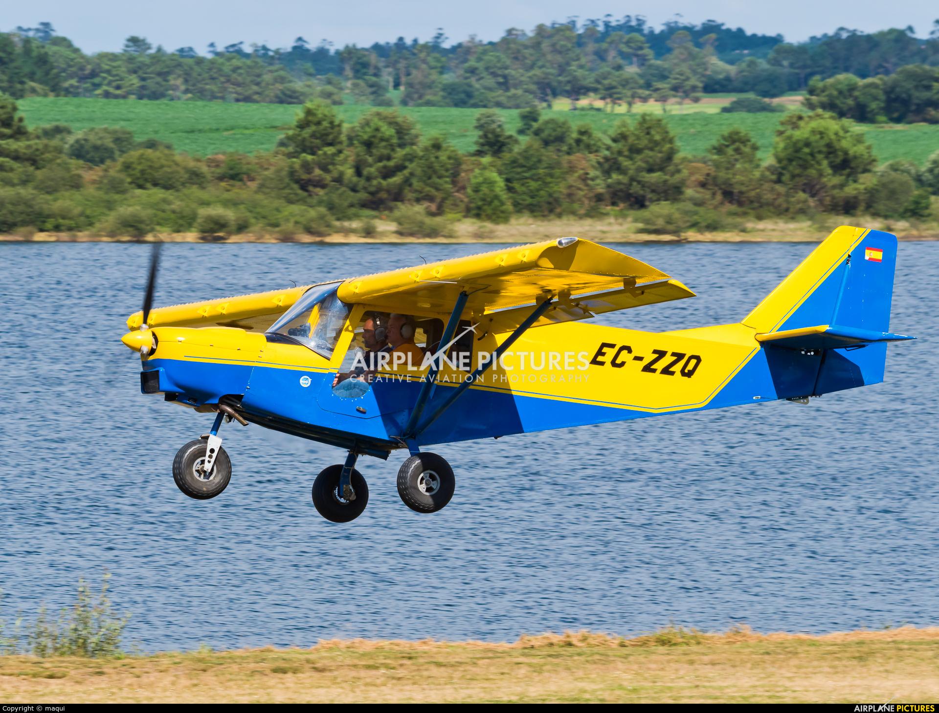 Private EC-ZZQ aircraft at Aerodromo De Mazaricos