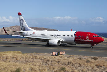EI-FHA - Norwegian Air Shuttle Boeing 737-800
