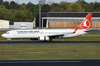 TC-JYN - Turkish Airlines Boeing 737-900ER