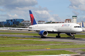 N695DL - Delta Air Lines Boeing 757-200WL