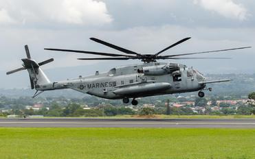 162001 - USA - Marine Corps Sikorsky CH-53E Super Stallion