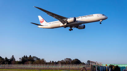 JA871J - JAL - Japan Airlines Boeing 787-9 Dreamliner