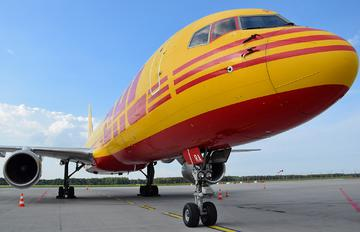 G-BMRA - DHL Cargo Boeing 757-200