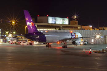 N975FD - FedEx Federal Express Boeing 757-200F