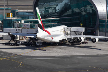 A6-EUR - Emirates Airlines Airbus A380