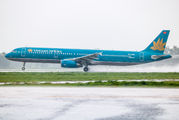 VN-A602 - Vietnam Airlines Airbus A321 aircraft