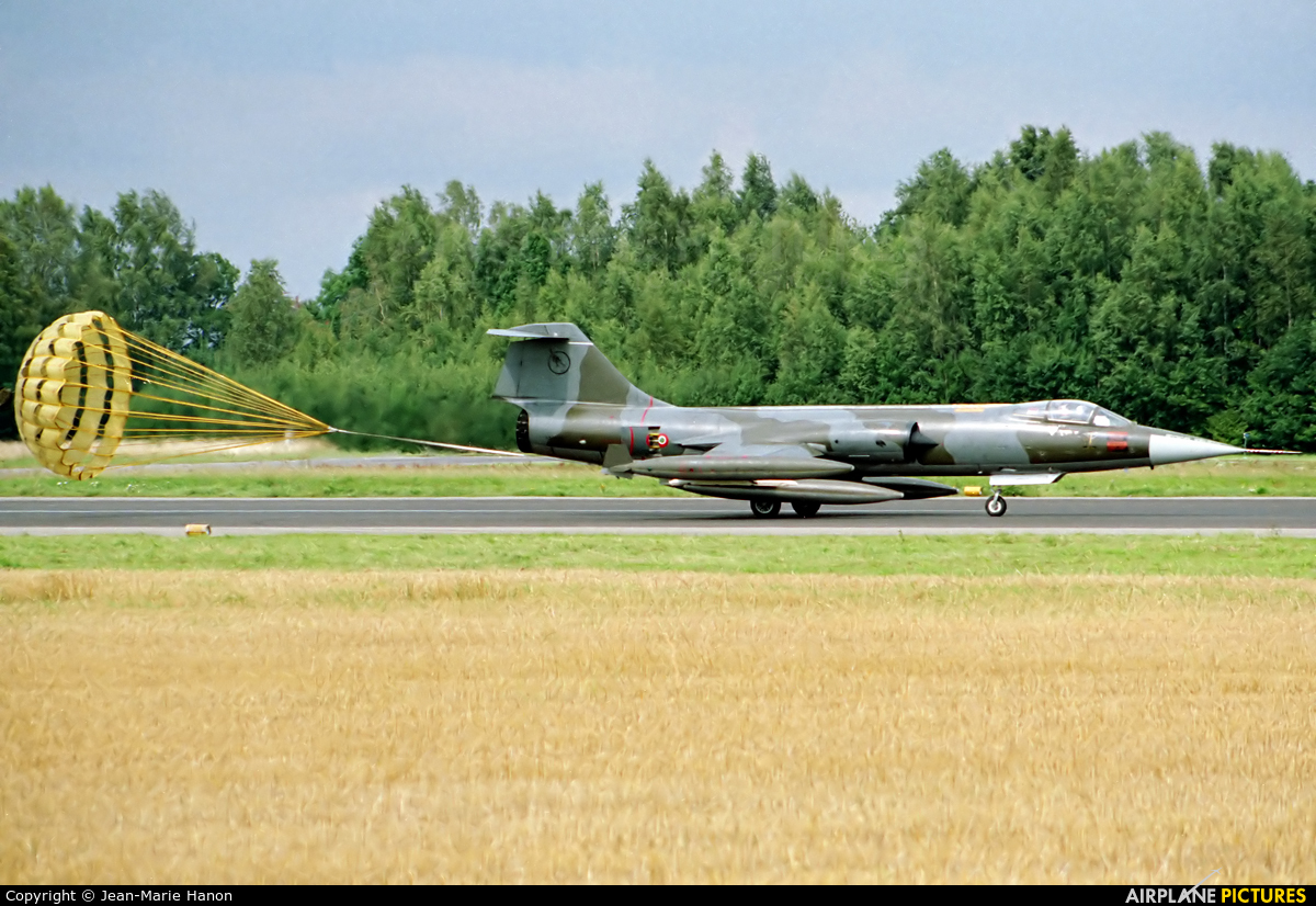 Italy - Air Force MM6820 aircraft at Florennes