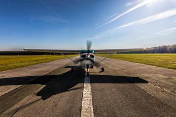OE-KNG - Private Cessna 182 Skylane RG