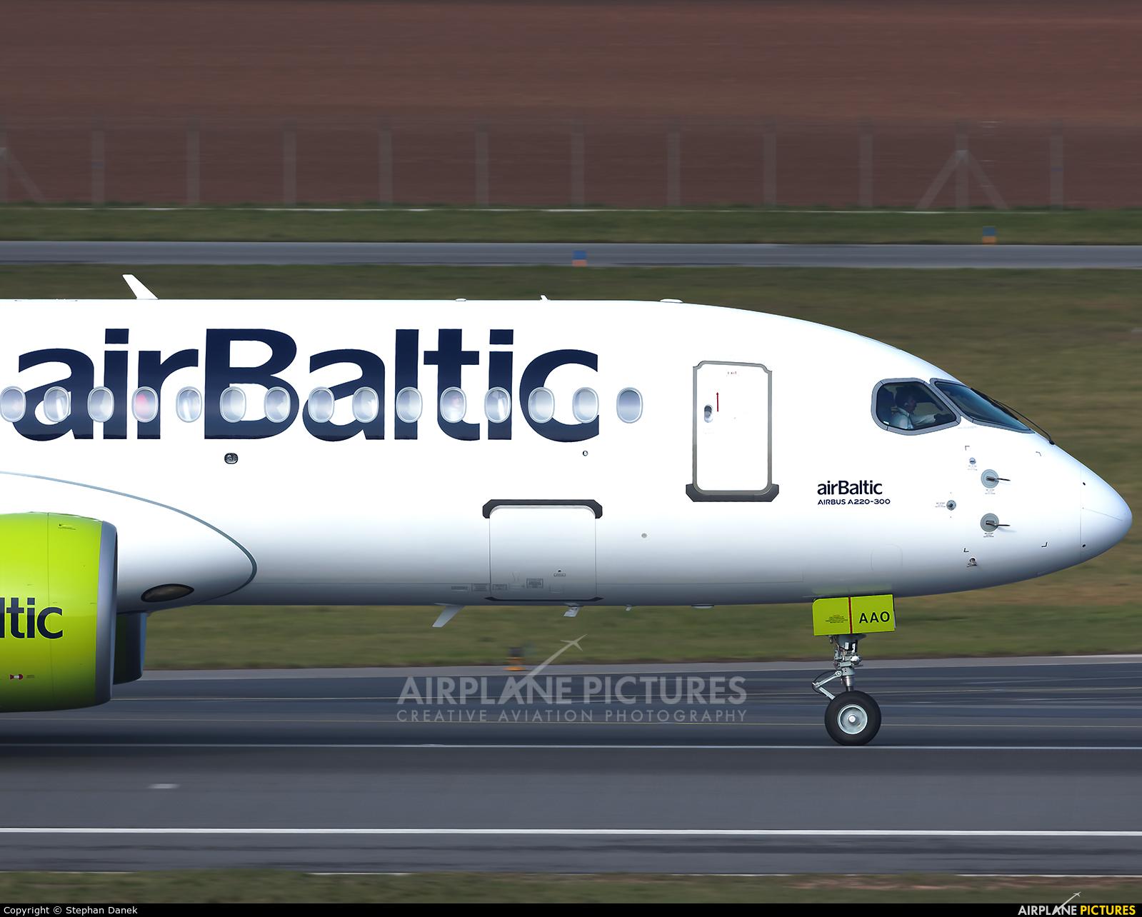 Air Baltic - aircraft at Vienna - Schwechat