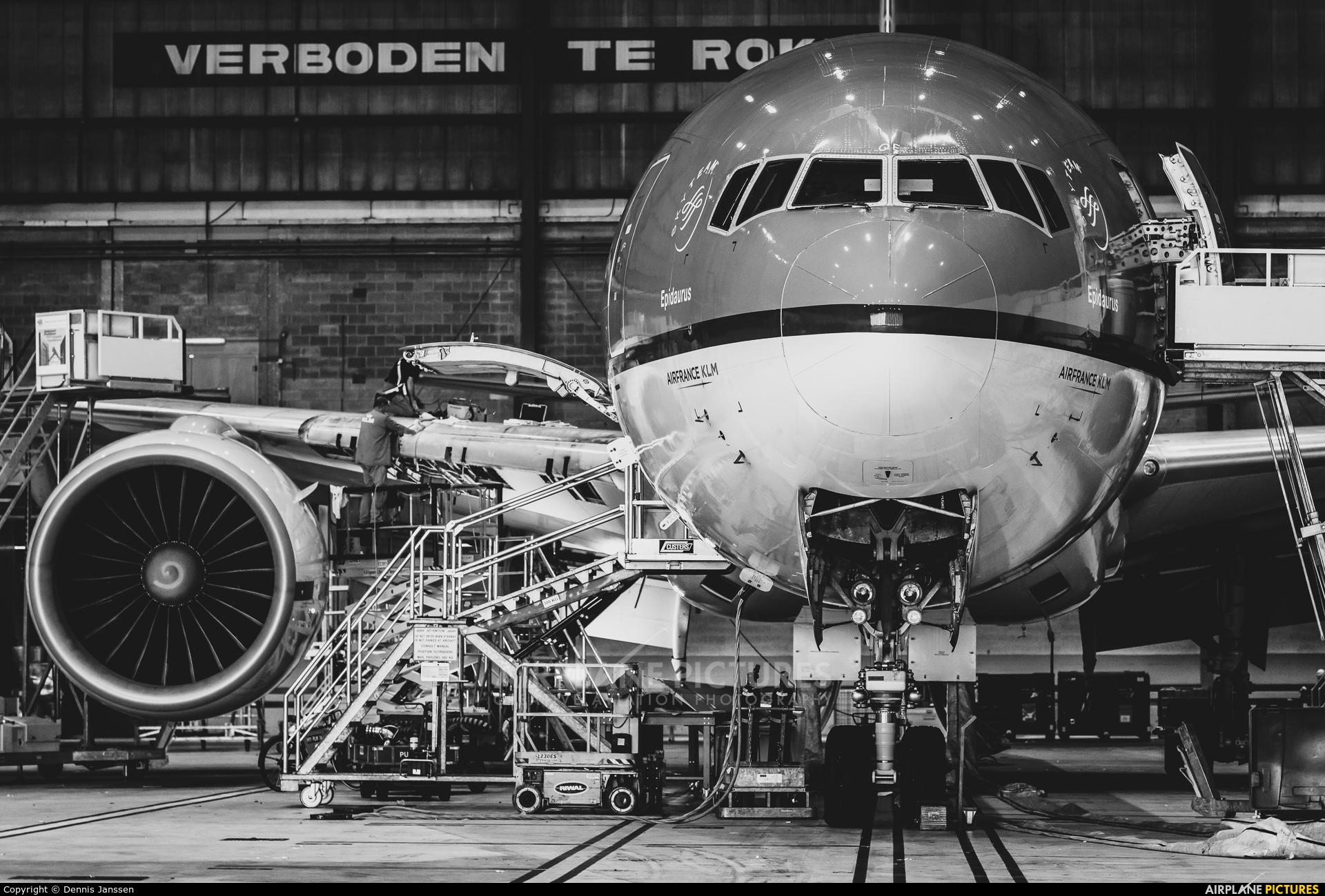 KLM PH-BQE aircraft at Amsterdam - Schiphol
