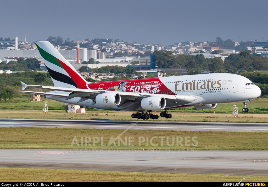 Emirates Airlines A6-EEV aircraft at São Paulo - Guarulhos