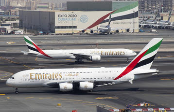A6-EUX - Emirates Airlines Airbus A380