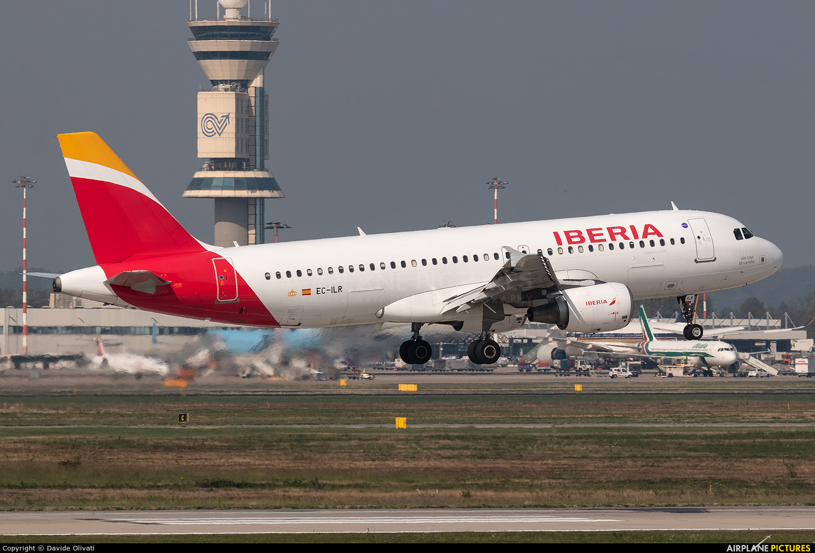 Iberia EC-ILR aircraft at Milan - Malpensa