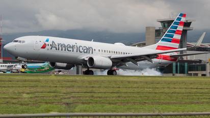 N861NN - American Airlines Boeing 737-800