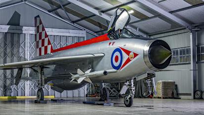 XR713 - Royal Air Force English Electric Lightning F.3