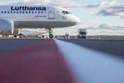 D-AIUB - Lufthansa Airbus A320 aircraft
