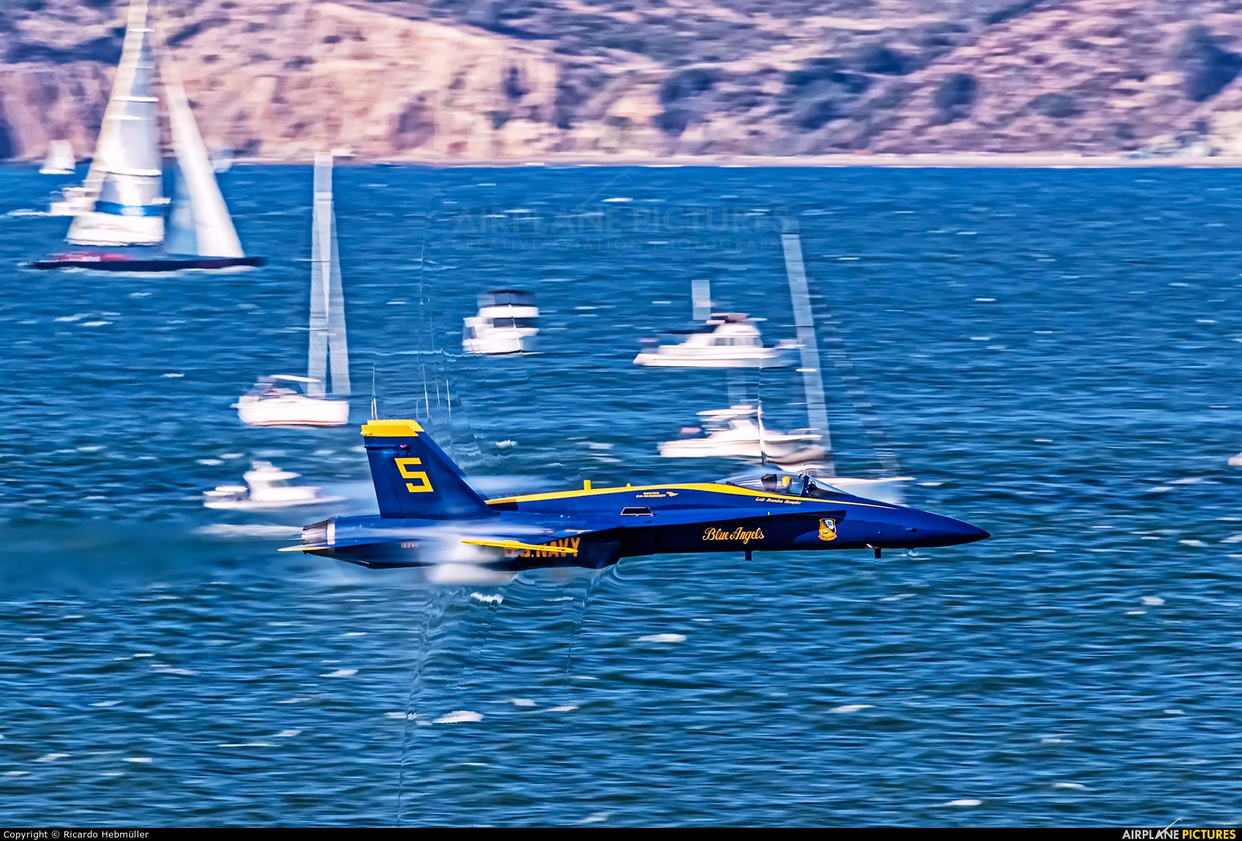 USA - Navy : Blue Angels 162411 aircraft at San Francisco Intl
