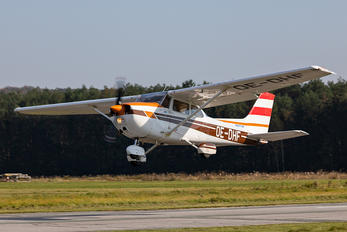 OE-DHF - Private Cessna 172 Skyhawk (all models except RG)