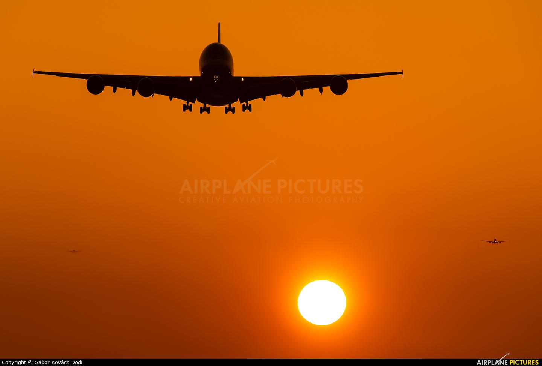 Qatar Airways A7-APF aircraft at London - Heathrow