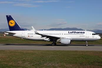 D-AIUH - Lufthansa Airbus A320