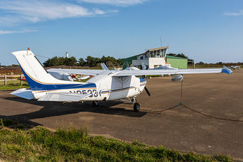N9533Y - Private Cessna 210 Centurion