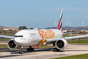 A6-EPO - Emirates Airlines Boeing 777-31H(ER)