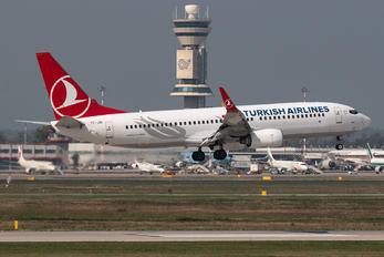 TC-JGI - Turkish Airlines Boeing 737-800