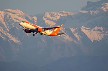 OE-IVF - easyJet Europe Airbus A320