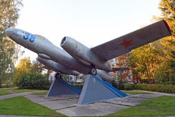 38 - USSR - Navy Ilyushin Il-28