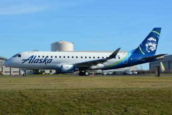 N623QX - Alaska Airlines - Horizon Air Embraer ERJ-175 (170-200)