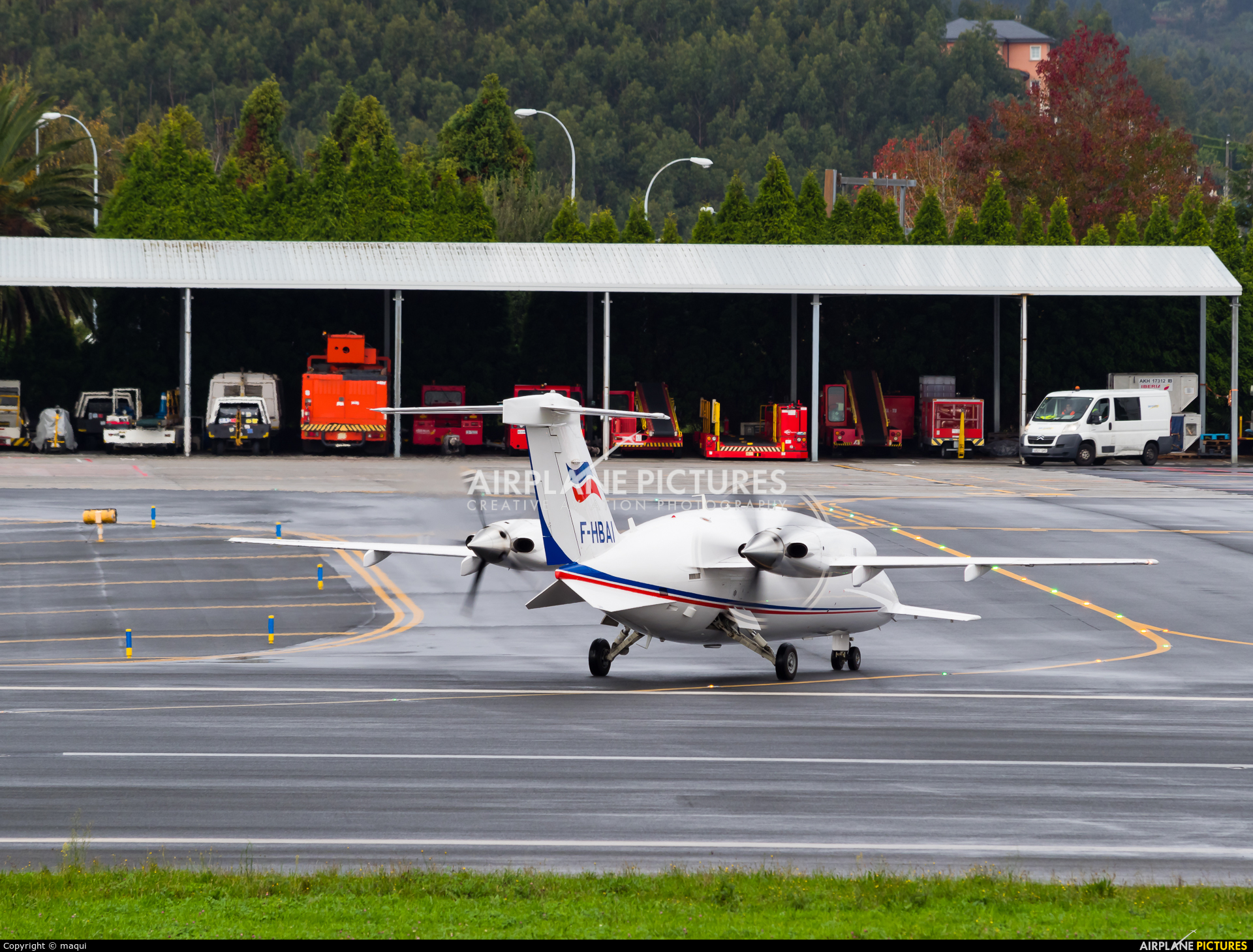 Bretagne Angleterre Irlande F-HBAI aircraft at La Coruña