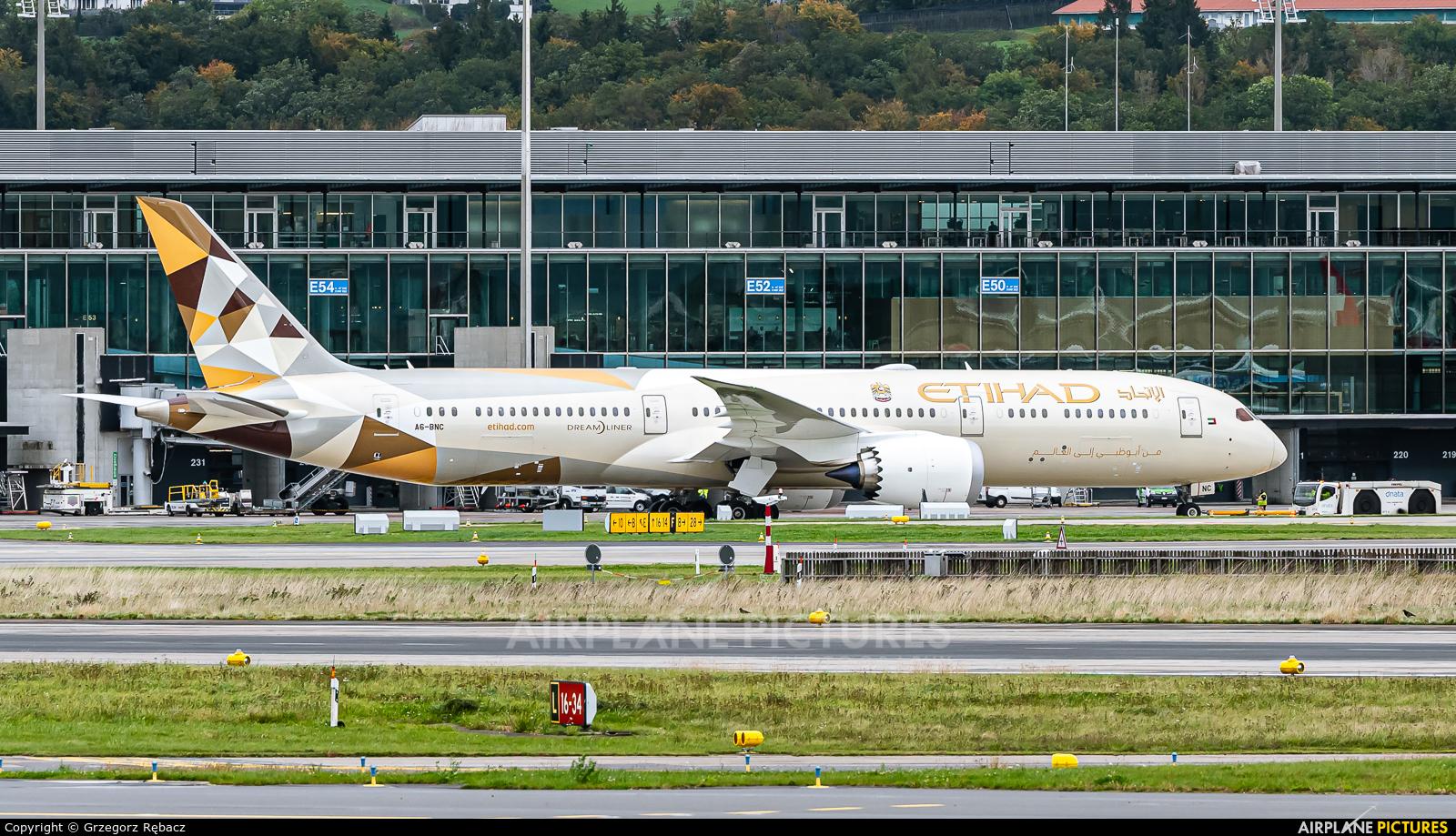 Etihad Airways A6-BNC aircraft at Zurich