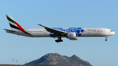 A6-ECC - Emirates Airlines Boeing 777-300ER