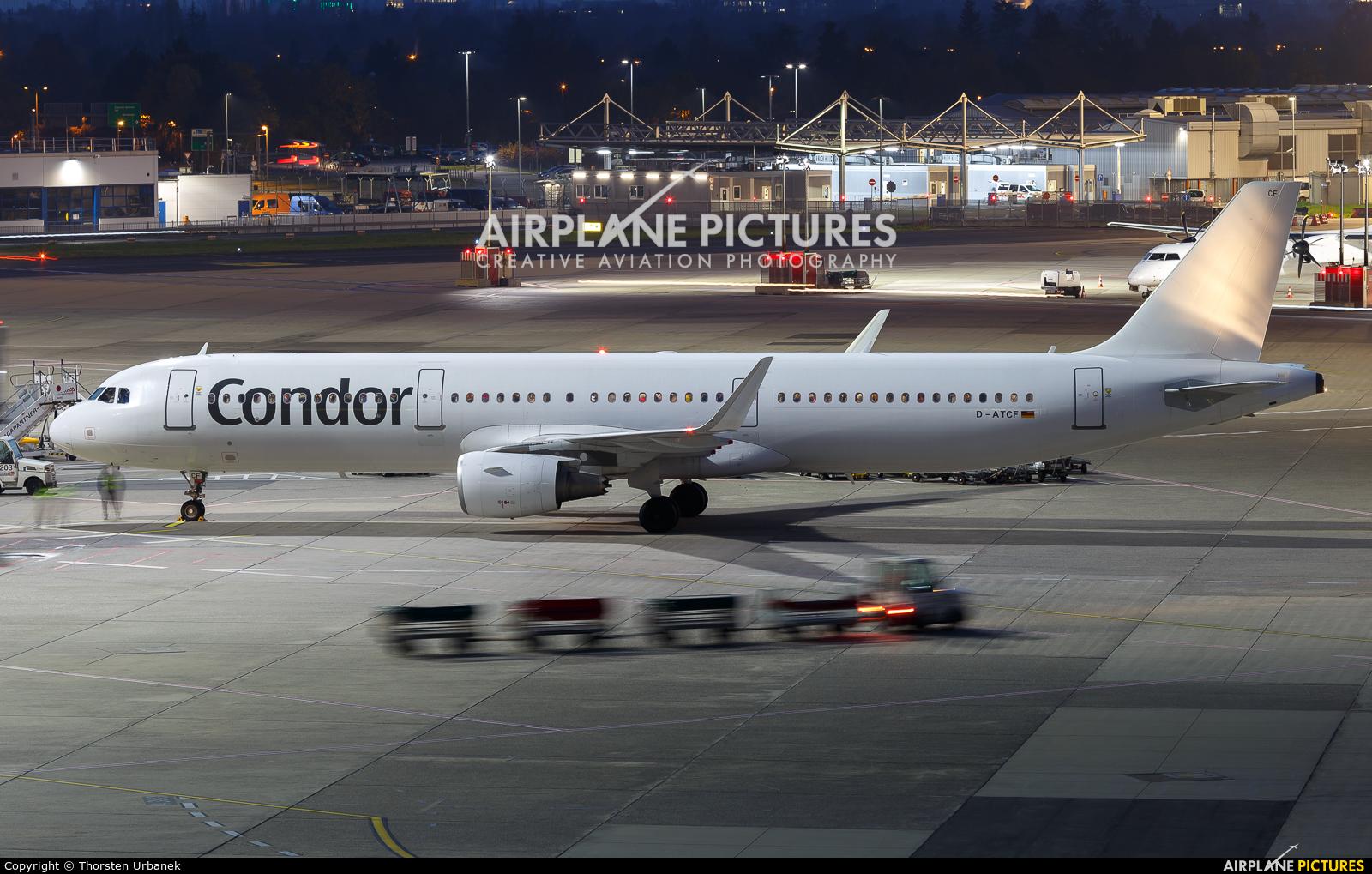 Condor D-ATCF aircraft at Düsseldorf
