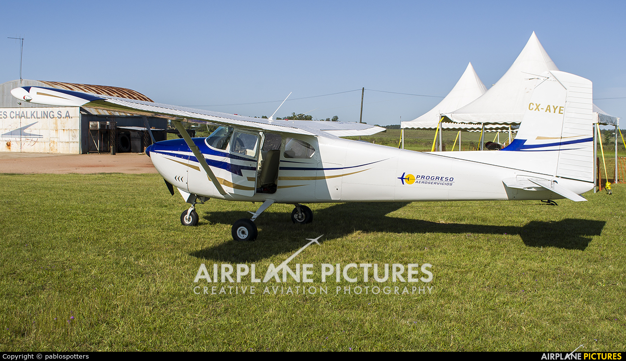 Private CX-AYE aircraft at Montevideo